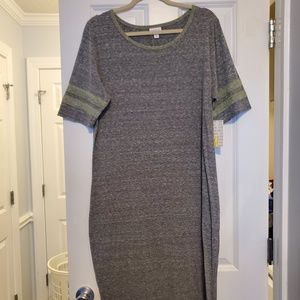 LuLaRoe Dresses - LuLaRoe Julia Dress